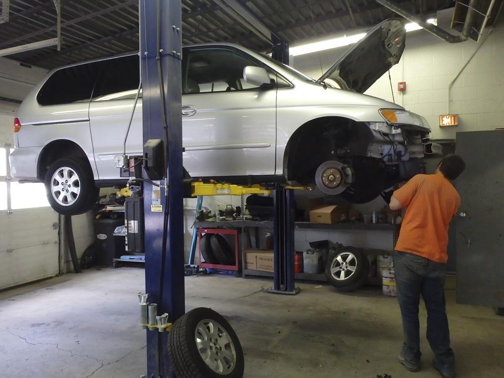 Minivan accident repair